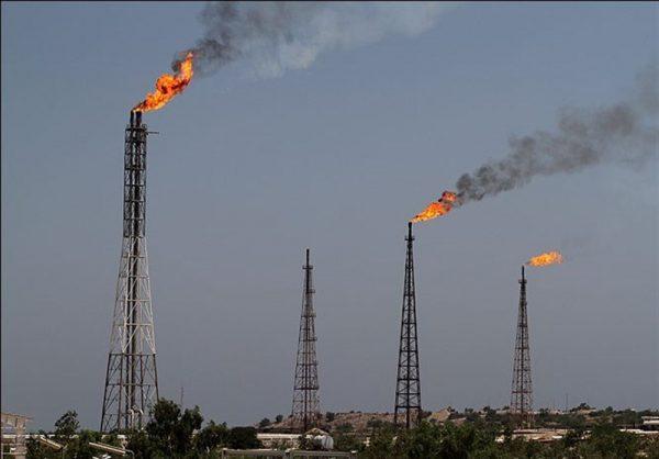 مدیرکل حفاظت محیطزیست خوزستان : کلانشهر اهواز توسط واحدهای بهرهبرداری نفت و گاز احاطه شده است