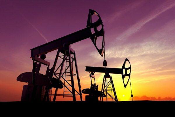 مدیر کل تعاون، کار و رفاه اجتماعی خوزستان خبر داد:جذب ۱۰ هزار نیروی بومی خوزستان در طرح بزرگ ۲۸ مخزن نفتی