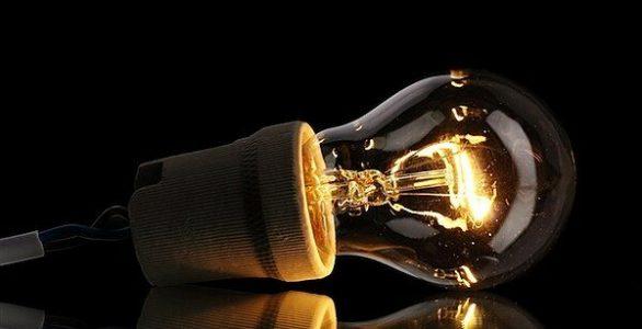 معاون وزیر نیرو :تدوین برنامه ۰۹۹ برای پیک مصرف برق تابستان