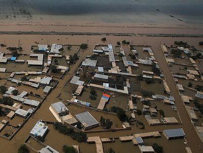 استاندارخوزستان : لزوم احداث کانالهای سیلاببر برای کنترل سیلابهای خوزستان